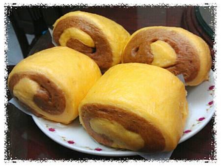 《健康養生》地瓜黑糖饅頭 http://icook.tw/recipes/62303
