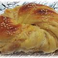台式花生麵包/芋泥麵包 http://icook.tw/recipes/28859
