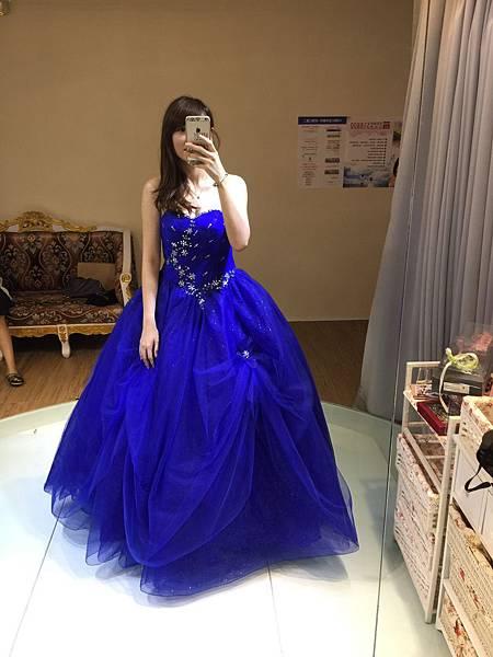 高雄禮服出租(3)-寶藍色禮服