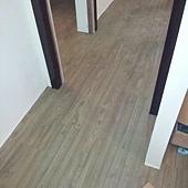 10/12~中和水源街施工木地板!!