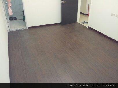 3/24~樹林千歲街~超耐磨木地板作品(品名:天杉古木)