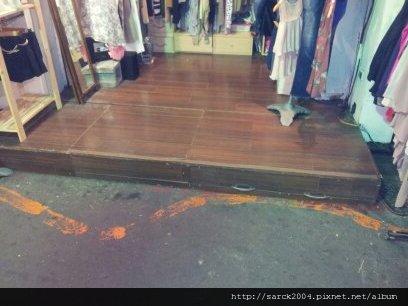 6/15-士林夜市店面裝修作品(使用:極慕)超耐磨木地板!