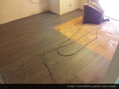 7/6-桃園向善街住家木地板施工作品(使用:極鐵)