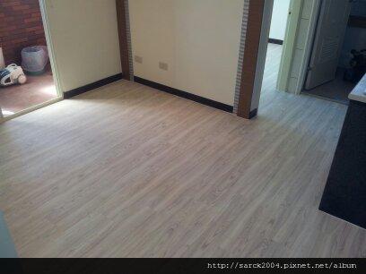 2012/7/21-蘆洲永安路12坪住家木地板施工作品(使用:溫哥華橡木)