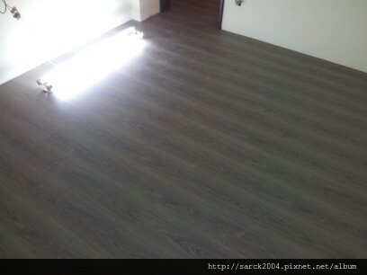 風格木地板-2012/8/5-北市內湖麗山街住家木地板施工作品(使用:大衛橡木)同步壓紋!