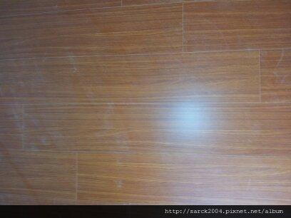 2012/8/31-新莊福樂街幸福皇居木地板施工(使用:黃金柚木)