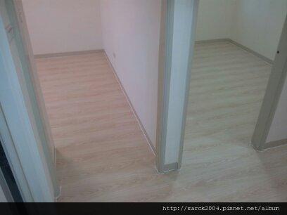 2012/9/19-蘆洲長安街木地板(品名:雷根橡木)超耐磨木地板*