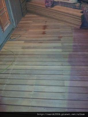 2012*基隆安一路住家木地板施工*戶外材*南方松*玉檀木(實木地板)