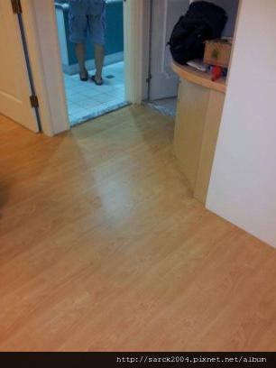 2012*新店新和街住家木地板施工*北美楓木*海島型超耐磨木地板