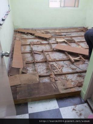 2012*北市強森美語*木地板架高拆除施工!