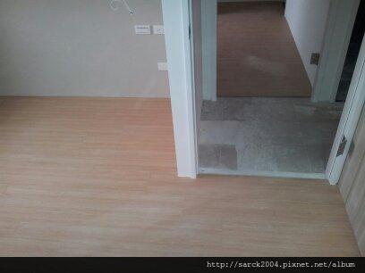 2013*北市東新街納美社區木地板施工*愛爾斯*海島型超耐磨木地板