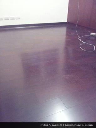 2013*北市忠孝東路住家木地板施工*紫檀厚皮300條*海島型木地板