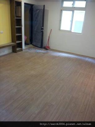2013*北市永康街木地板施工*馬爾地夫榆木(MIT)*海島型超耐磨木地板