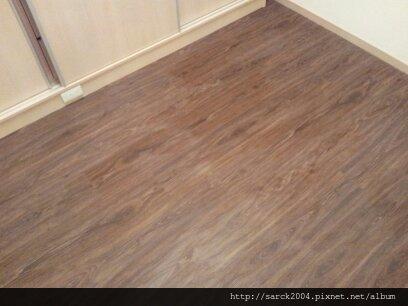 2013*新北市蘆洲區書房木地板施工*海德堡/手刮系列/超耐磨木地板