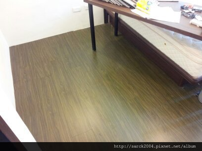 風格木地板*2013*北市廈門街木地板拆除翻新維修*漏水過後的慘狀*品名:玉檀香/硝光面/海島型超耐磨木地板/綠建材商品-低甲醛木地板!