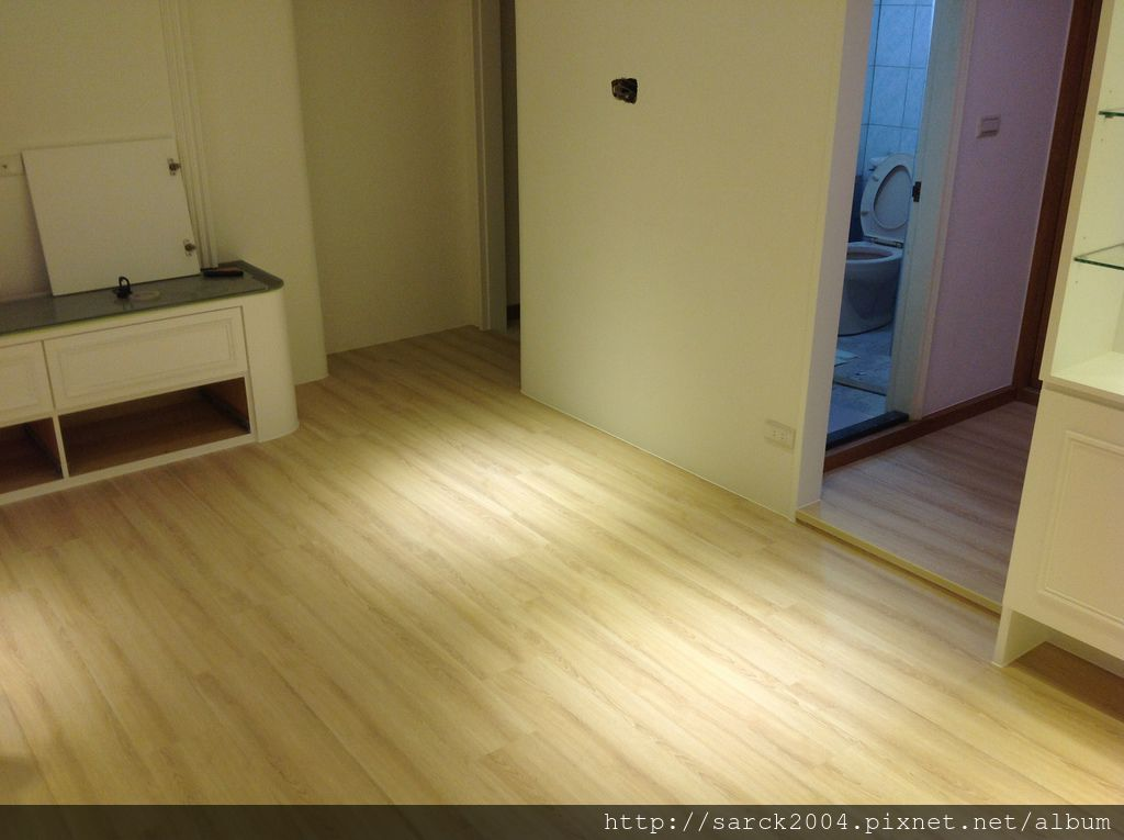 品名:波斯頓橡木/海島型超耐磨木地板(米色系)