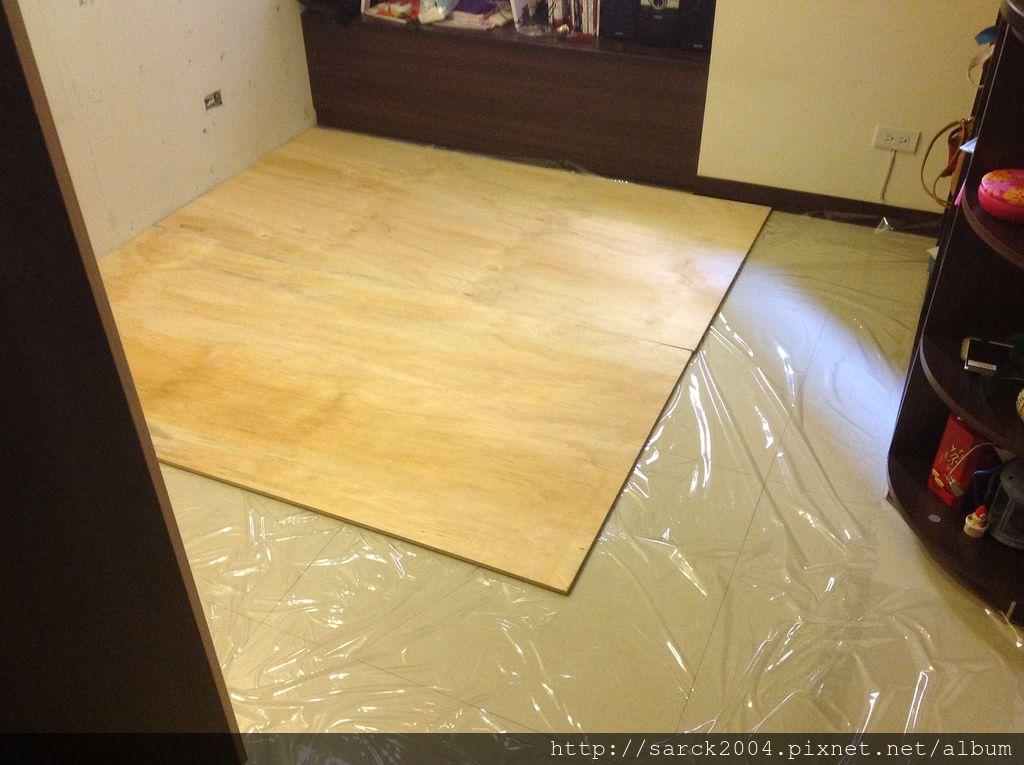 品名:紫檀實木地板/4吋/5分(厚度)