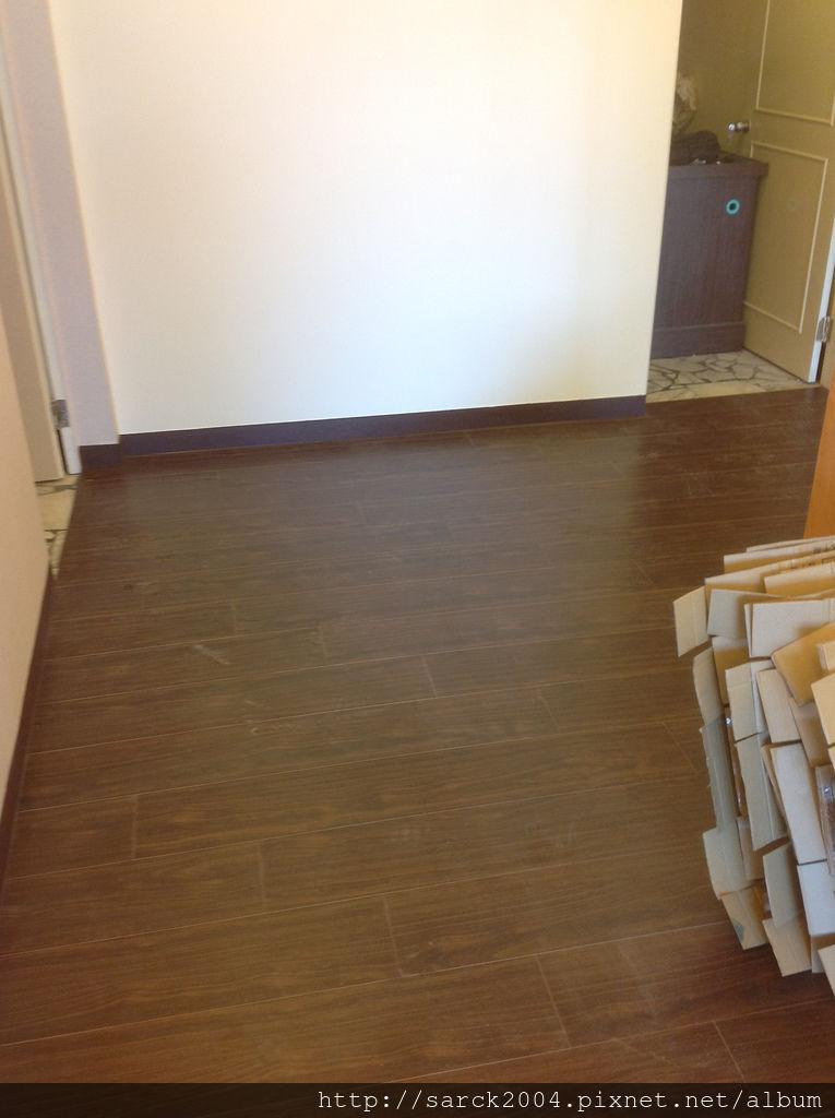 品名:紫檀木/海島型超耐磨木地板