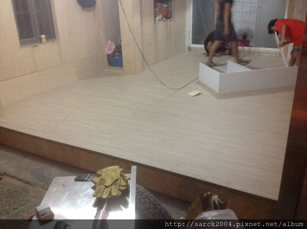手刮海島型超耐磨木地板/品名:北歐冰柏