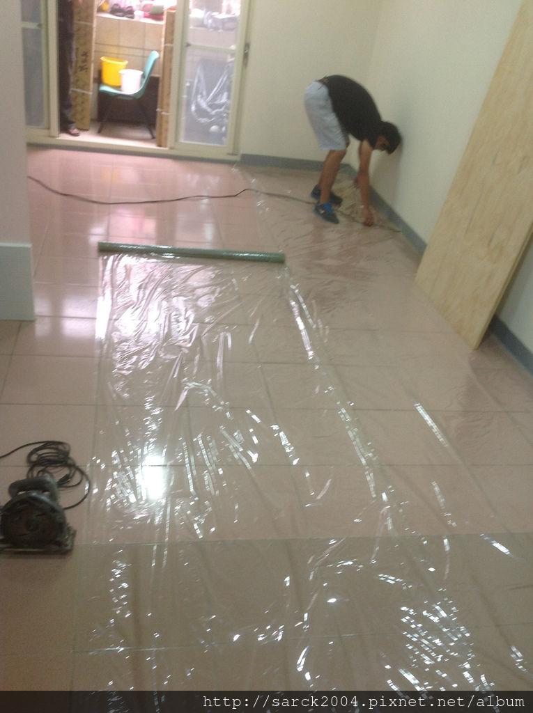 品名:雷根橡木/海島型強化超耐磨木地板
