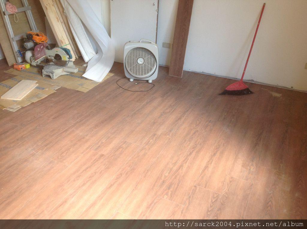 品名:極咖/海島型超耐磨木地板