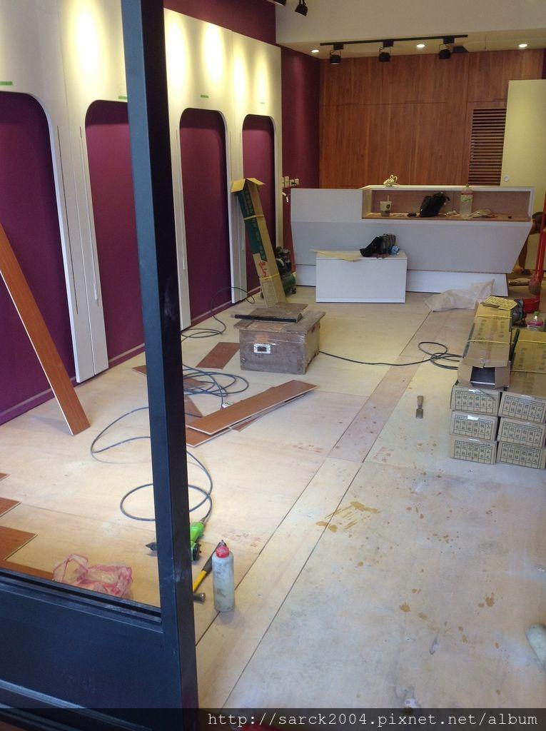 品名:櫻桃木/海島型超耐磨木地板
