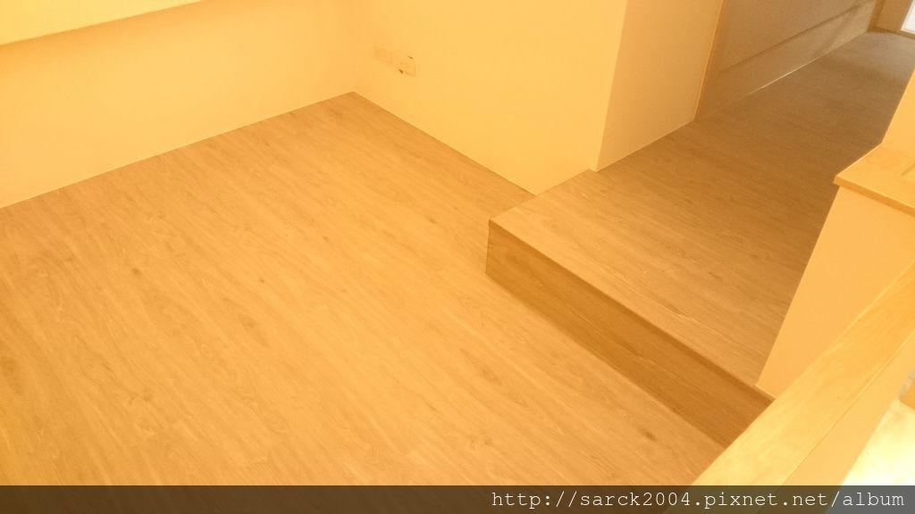 品名:鹿特丹/3D同步木紋/海島型超耐磨木地板
