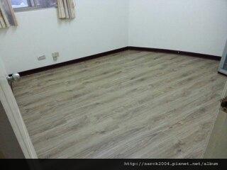 品名:斯拉夫/頂級手刮海島型超耐磨木地板