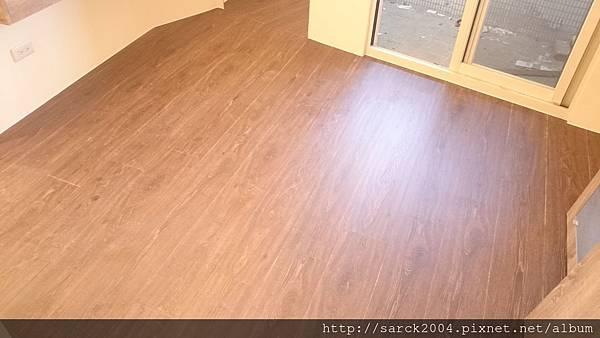 海德堡/超耐磨木地板