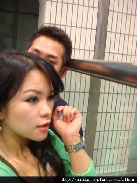 台北車站 等車中 (9)