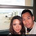 2011-1-21- 從關島回來啦! 在關島機場 (14)
