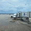 2011-1-21- 從關島回來啦! 在關島機場 (32)