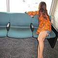 2011-1-21- 從關島回來啦! 在關島機場 (34)