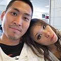 2011-1-21- 從關島回來啦! 在關島機場 (39)