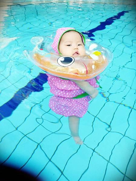 葡萄的游泳初體驗 (70)
