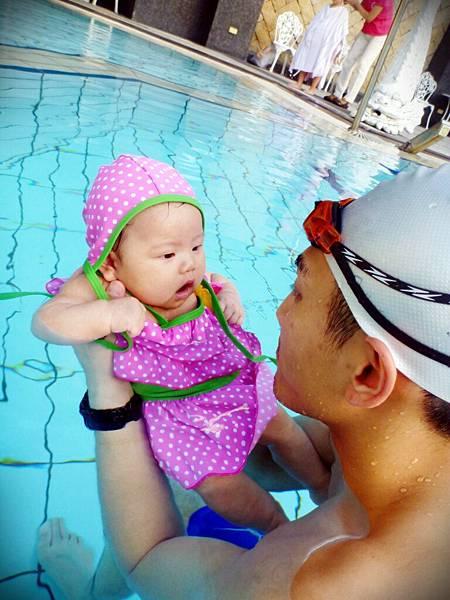 葡萄的游泳初體驗 (136)