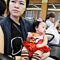 嬰兒坐飛機初體驗 (32)