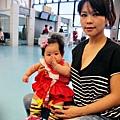 嬰兒坐飛機初體驗 (33)