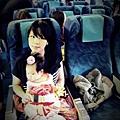 嬰兒坐飛機初體驗 (43)