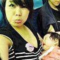 嬰兒坐飛機初體驗 (73)
