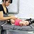 嬰兒坐飛機初體驗 (83)