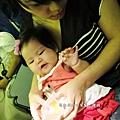 嬰兒坐飛機初體驗 (99)