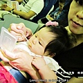 嬰兒坐飛機初體驗 (104)