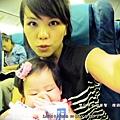 嬰兒坐飛機初體驗 (107)