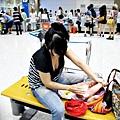 嬰兒坐飛機初體驗 (125)