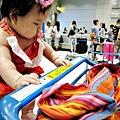 嬰兒坐飛機初體驗 (130)