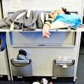 國泰航空的嬰兒掛籃 (4)