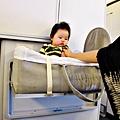 國泰航空的嬰兒掛籃 (16)