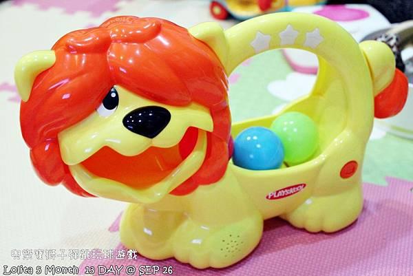 {好康部落試用}葡萄的第一樣互動玩具,兒樂寶獅子彈跳玩球遊戲組 (109)