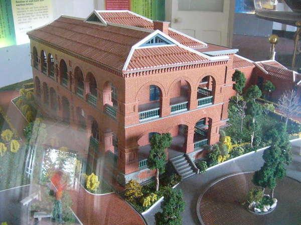 紅毛城模型-1